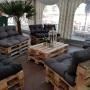 Lounge im Kuchenzelt